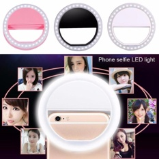 Selfie Ring Fill Light LED Portable Lampu Selfie Bulat/ Clip-on Mini 36 LED Selfie Ring Lamp Fill-in Light Night Lampu Selfie Ring Lighting for iPhone Samsung BlackBerry HTC Huawei LG Smartphone PC Black Outdoor free