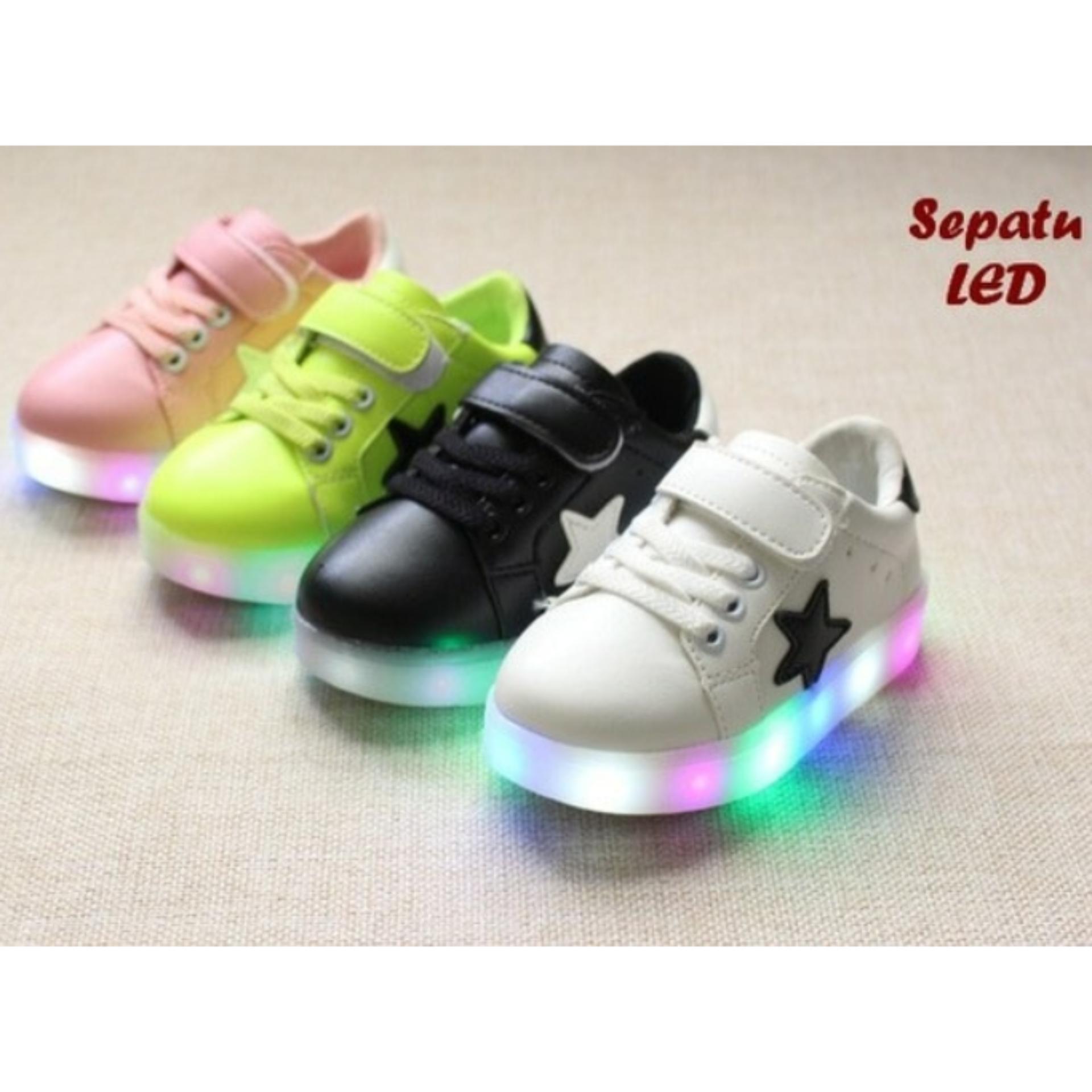 Toko Sepatu Anak Keren Dengan Lampu Led Warna Warni Terlengkap