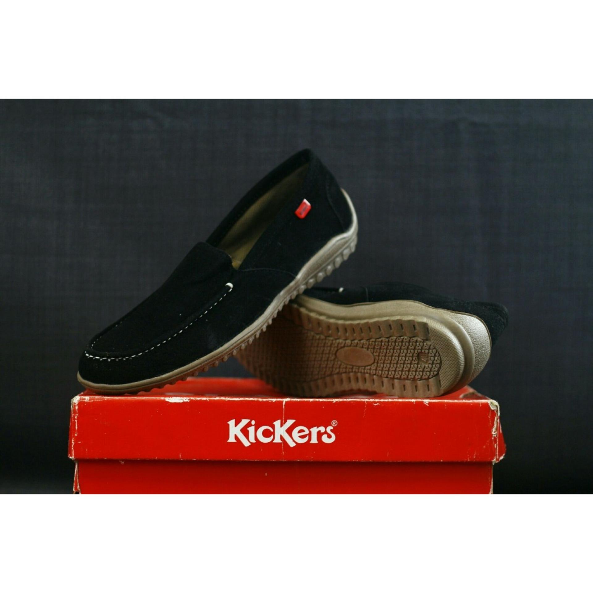 Miliki Segera Sepatu Casual Kickers Pria Black