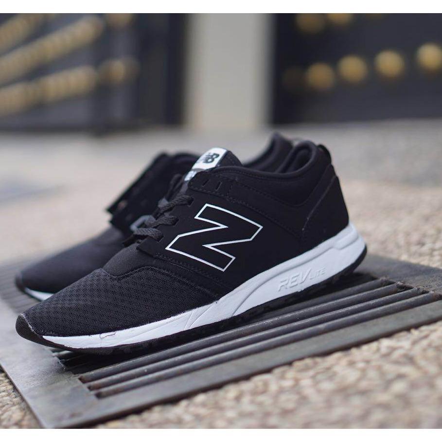 Sepatu Fashion NB - Pria Dan Wanita Permium Terbaru (BISA BAYAR DI TEMPAT)