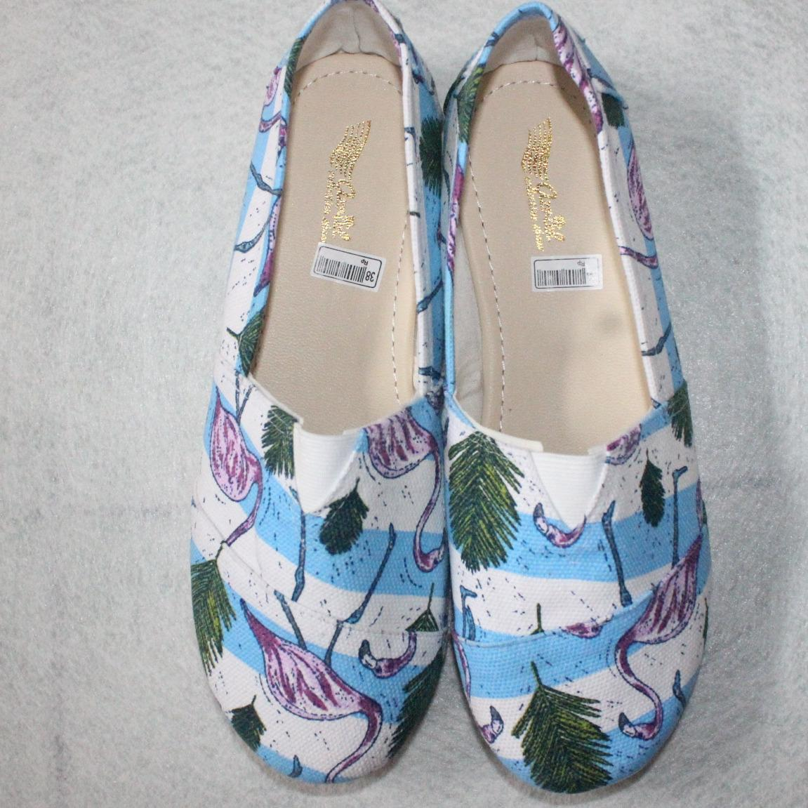 Sepatu flat shoes/slip on wakai/toms motif angsa