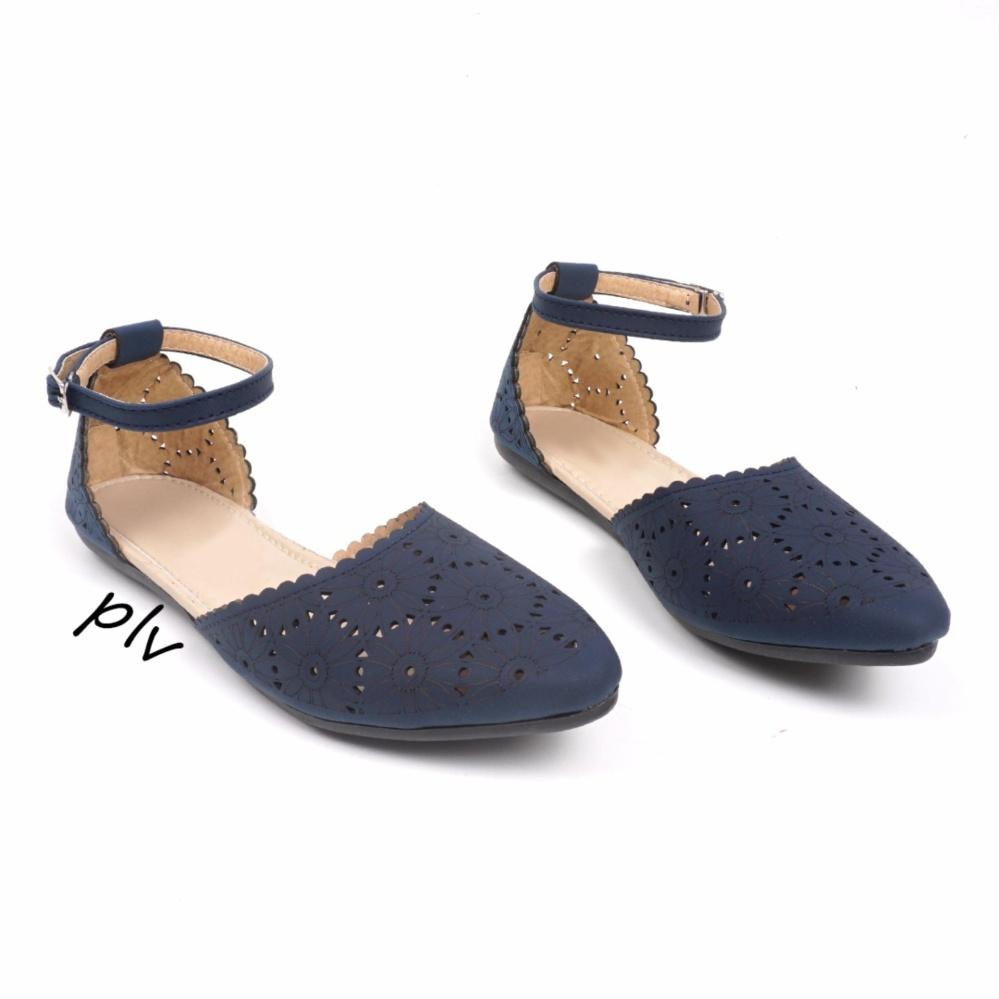 Jual Beli Sepatu Flat Wanita Ankle Strap Laser Cut Bs21 Navy Jawa Barat