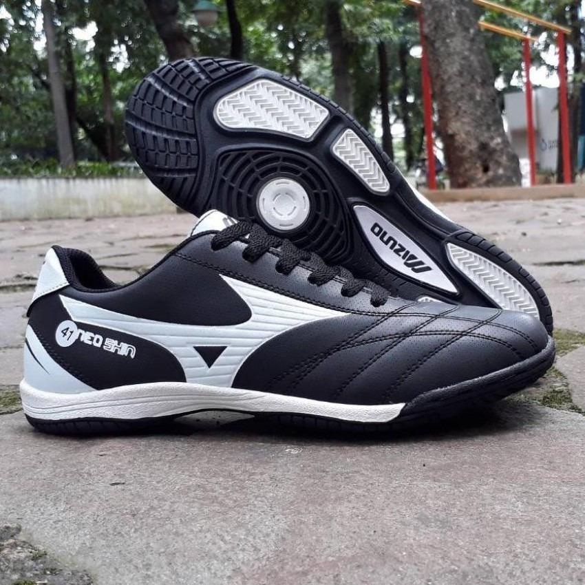 Sepatu Futsal Pria High Quality & Tahan Lama (Bisa Bayar Di Tempat)