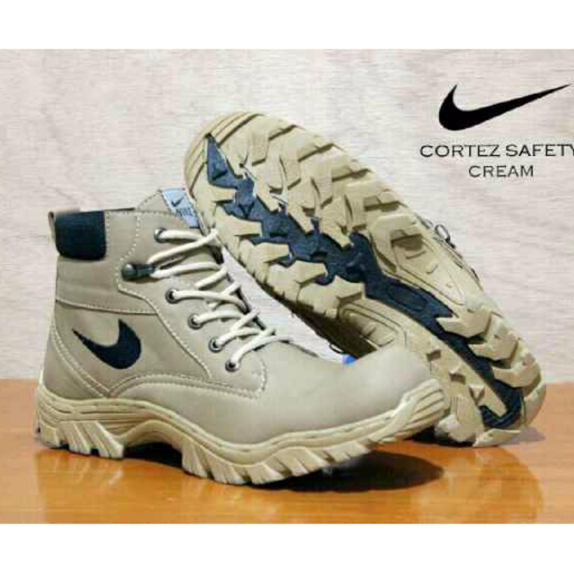 Jual Sepatu Safety Boots Pria Wanita Sepatu Gunung Elda Cortez Cream Satu Set