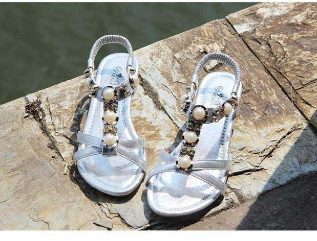 Beli Sepatu Sandal Wanita Sol Datar Bertatahkan Berlian Anti Selip Versi Korea Perak Sepatu Wanita Sendal Wanita Cicil