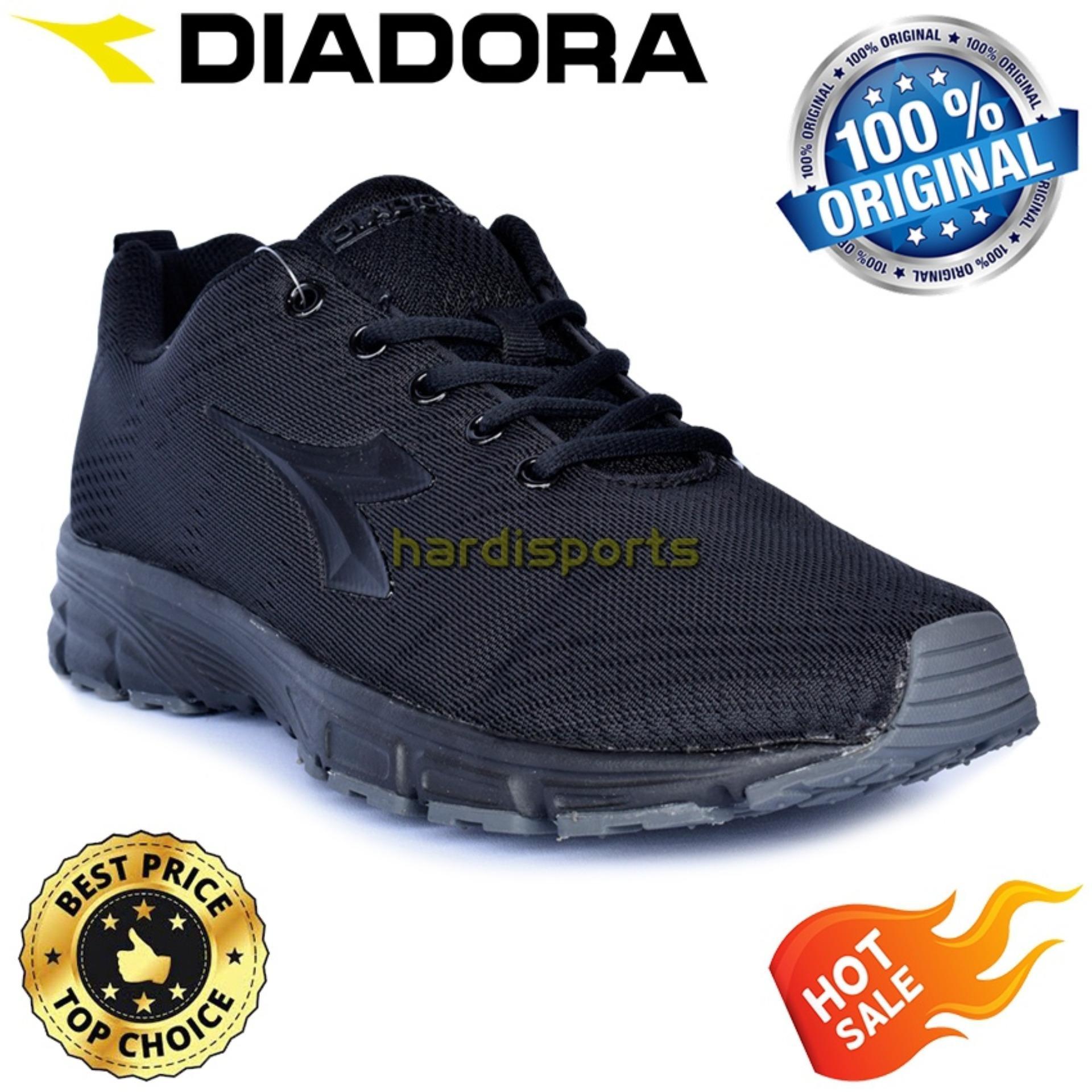 Sepatu Sports Sneakers (Unisex) Diadora Chayo