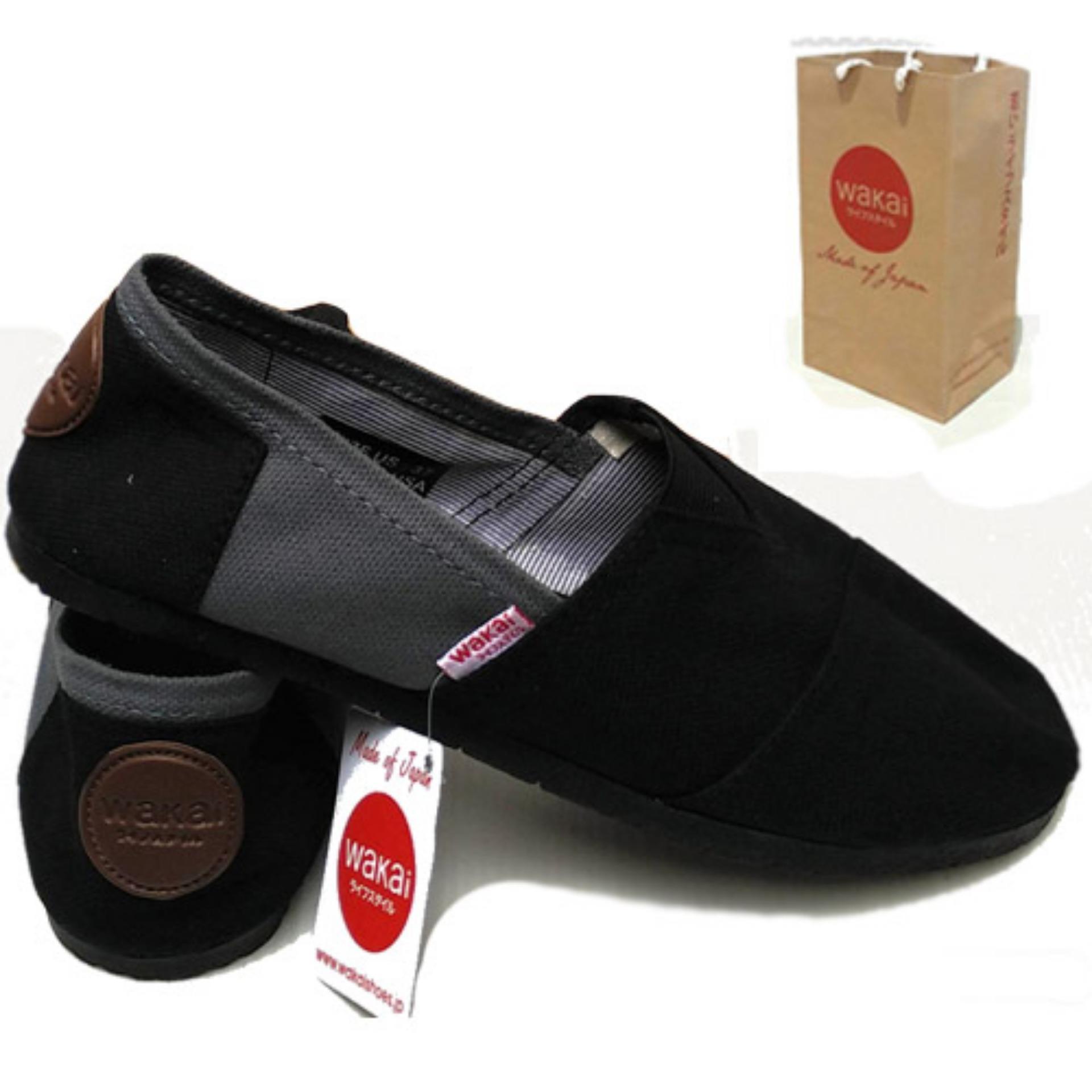 Sepatu unisex pria dan wanita wakai abu hitam, sepatu wakai pria slip on loafer sepatu wanita wakai
