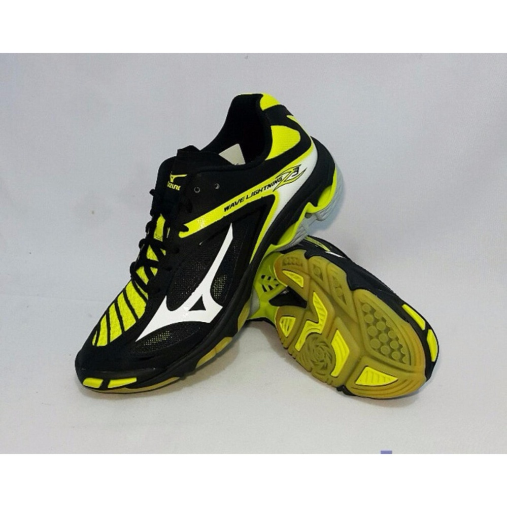 Sepatu voli Mizuno Wave Lightning Z3 - Hitam Putih Kuning 616911767e