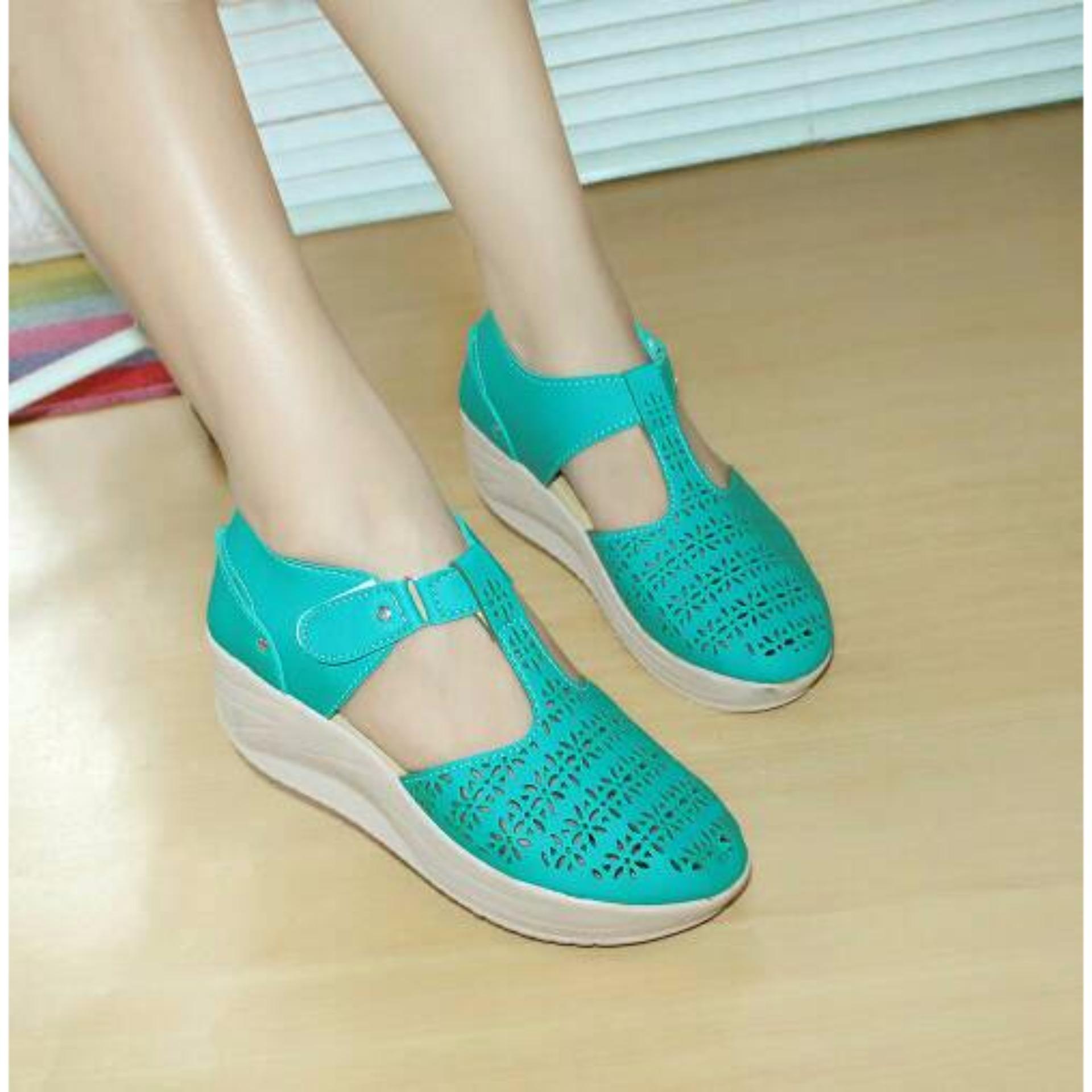 Sepatu Wanita Murah Wedges Laser Sintetis Tosca Nfz 804 Promo Beli 1 Gratis 1