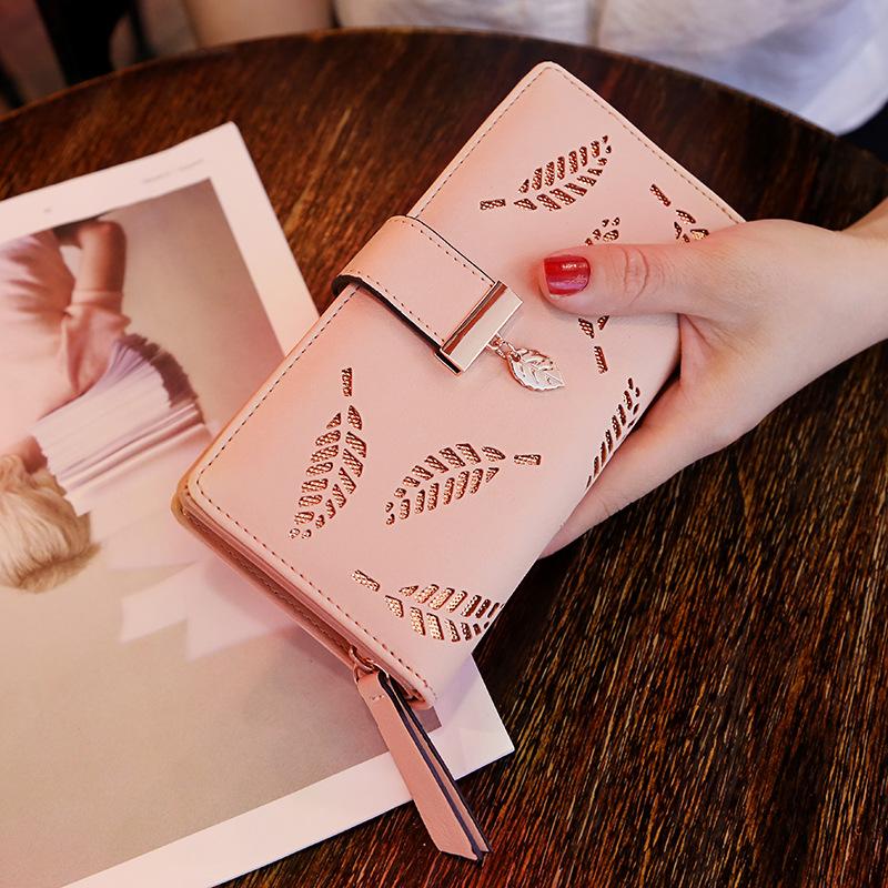 Diskon Dompet Wanita Model Panjang Gesper Ritsleting Berongga Versi Korea Merah Muda Akhir Tahun