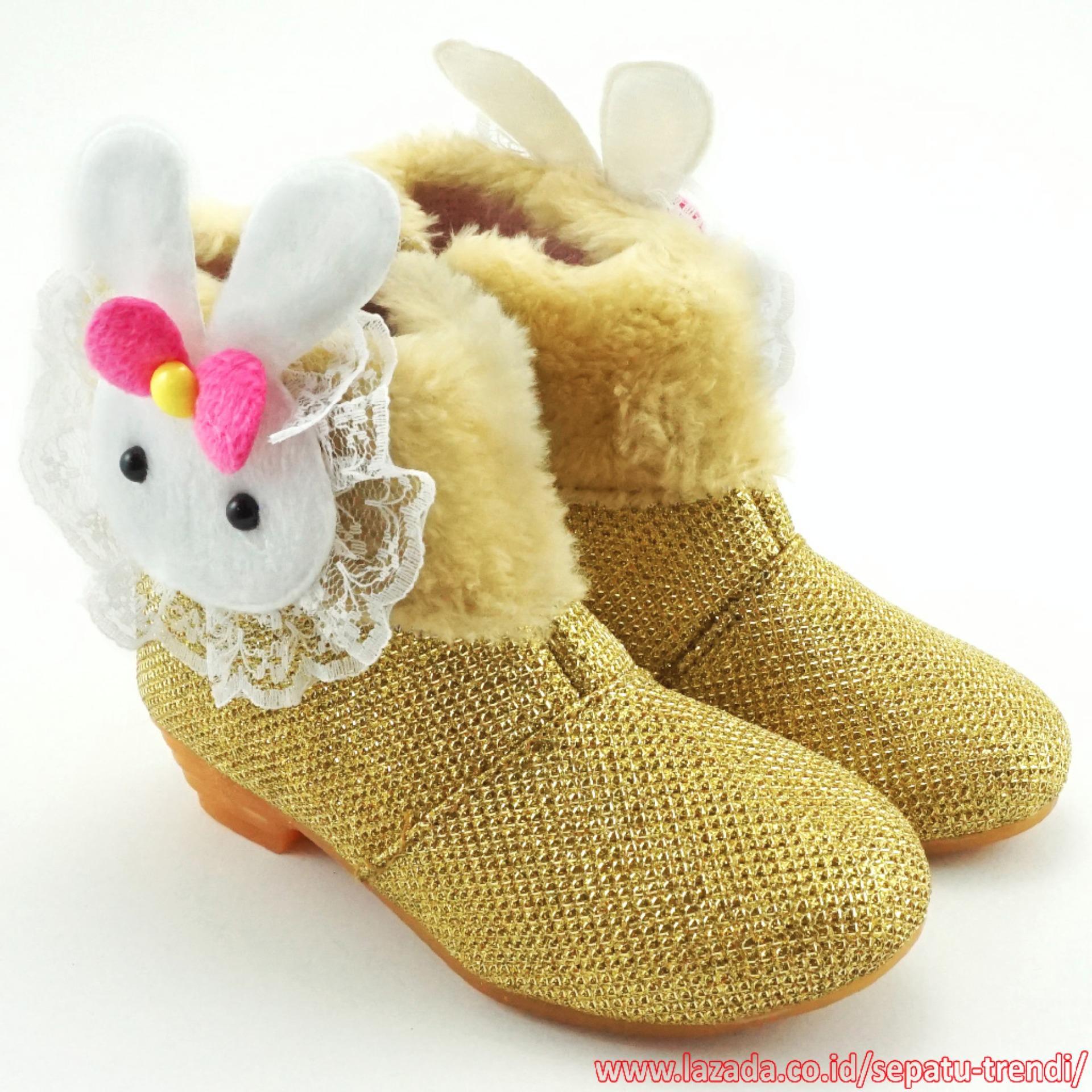 Harga Trendishoes Sepatu Boot Anak Perempuan Bahan Glitter Boneka Bulu Gold Baru