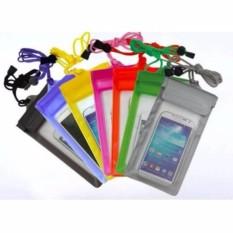 Waterproof Bag Lock System for Smartphone - Case Anti Air ( warna Random )