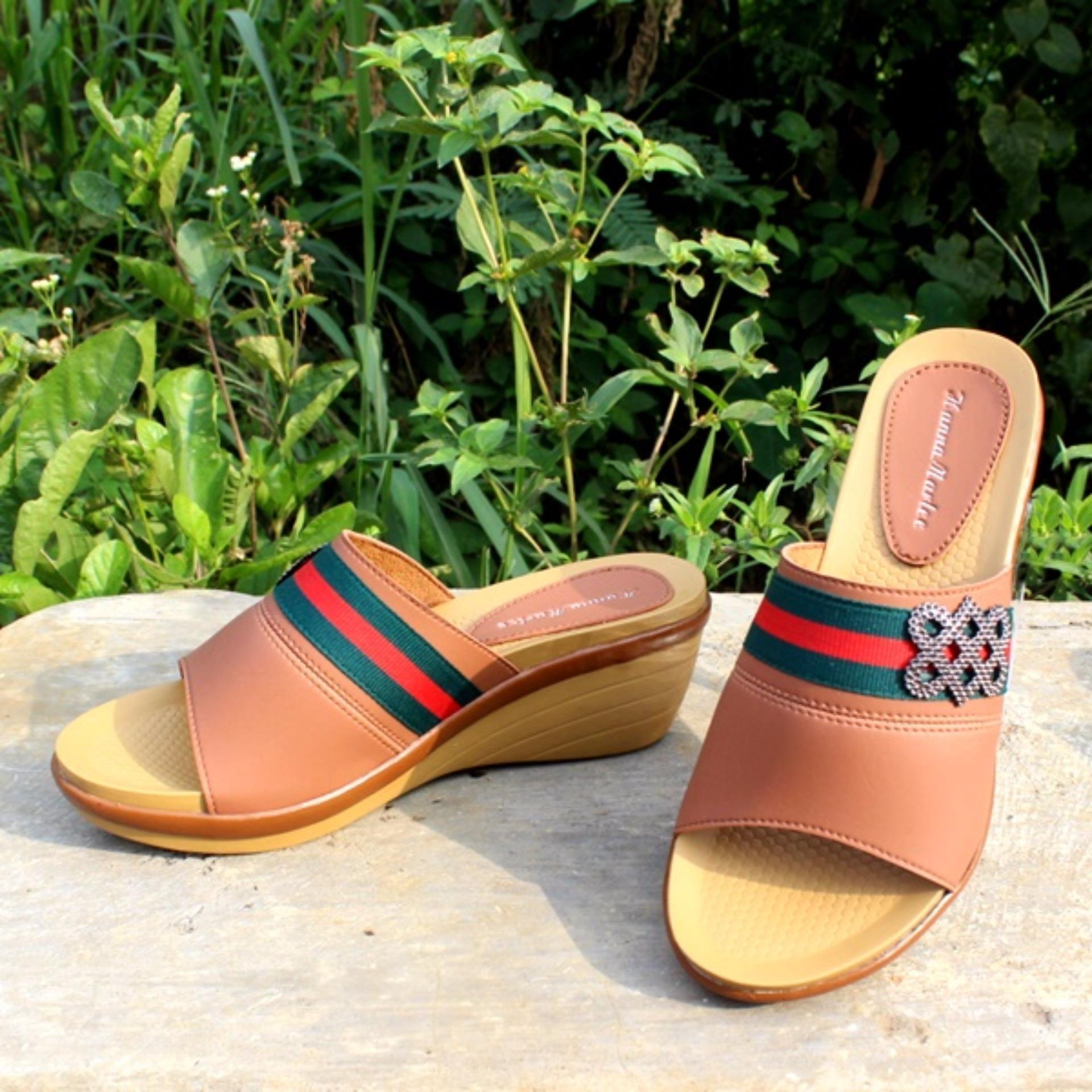 Harga Wedges Sandal Hanna Marlee Amg 11 Coklat Muda Hanna Marlee Baru