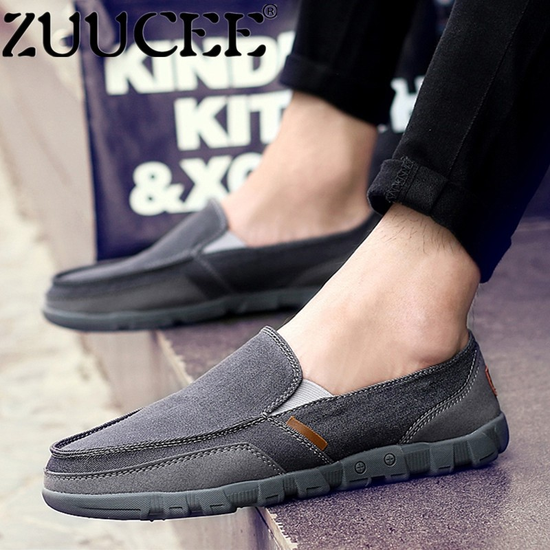 Zuucee Pria Ukuran Besar Slip-ons Pantofel Sepatu Kasual Datar Sepatu Kanvas (Abu-abu)-Internasional