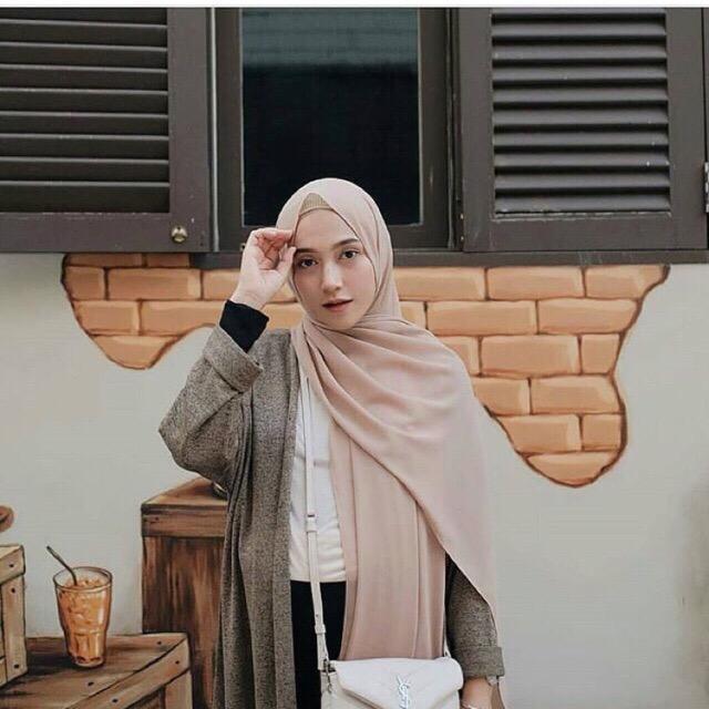 Hijab Pashmina / Jilbab Pasmina / Kerudung Pashmina / Pashmina Sabyan / Pashmina Diamond Stretch - Suryani Collection