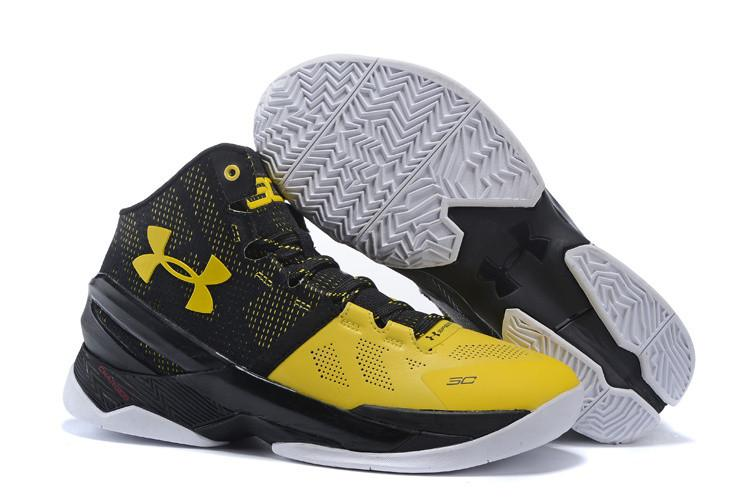 Sepatu Basket Under Armour1 Curry 2.0 Warna Hitam Kuning 0262f64540