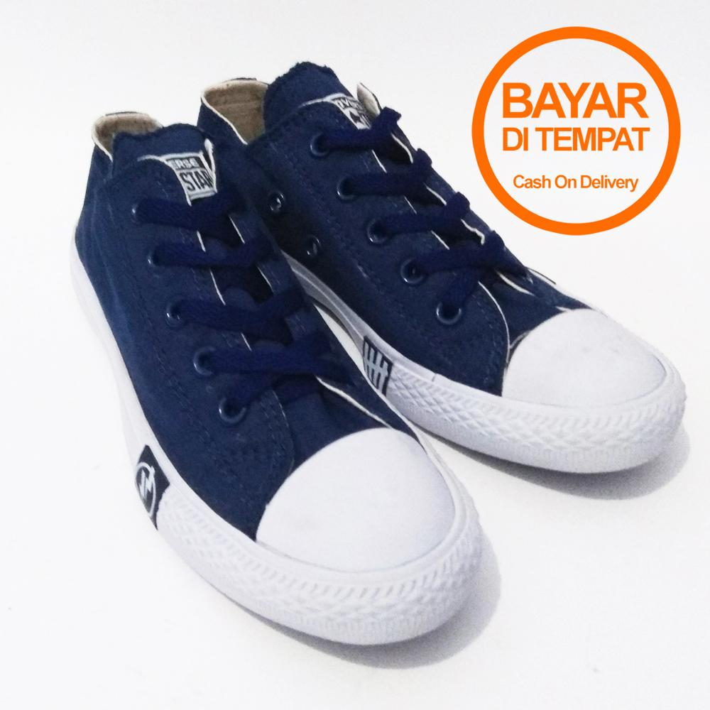 Me Code Sepatu Kerja Sneakers Sekolah Casual Pria Wanita All Star PETIR -  Pendek 81281eb172