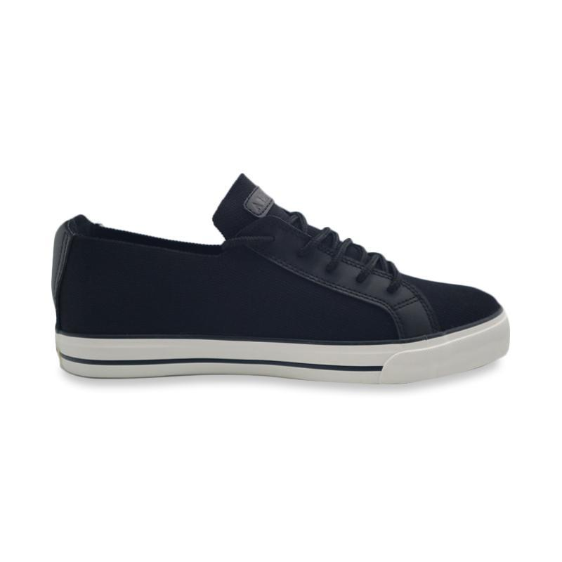 Airwalk Erza S Sepatu Sneakers Pria AIWX80602BK Original 07148d4155