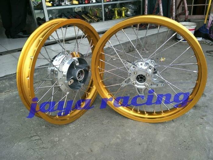 Sepaket Lengkap Velg Ring 17 Tapak Lebar Cb 150R New Cbr 150R New