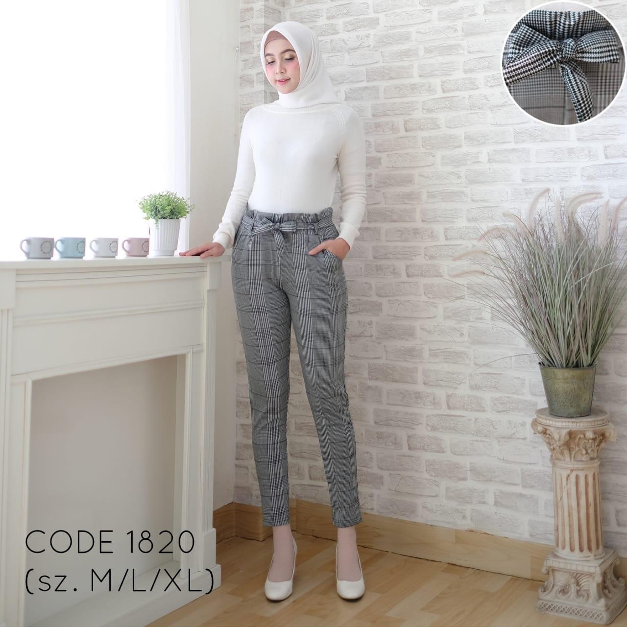 Celana Panjang Wanita/ Motive Kotak Bershka/ Celana Kerja Basic Trousers / Celana Kerja