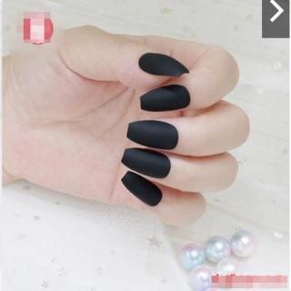 NAIL ART - 24 Pcs kuku palsu warna hitam doff polos thumbnail