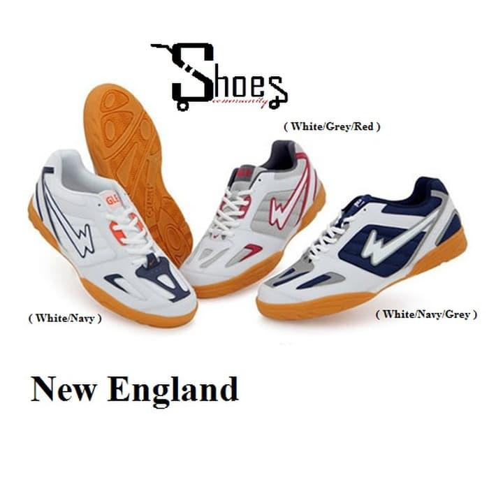 MURAH!! EAGLE New England ( Sepatu Badminton Diskon )