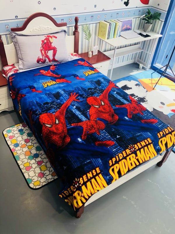 Selimut Bulu Halus motif karakter anak Spiderman 140x200 super halus super lembut impor termurah