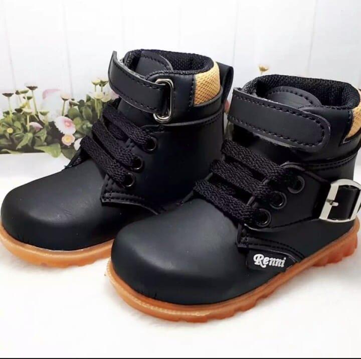 Sepatu Boots Anak Laki Laki Termurah- Sepatu Boots Import By Thallasshop.