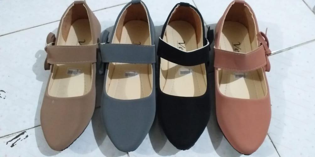 Sepatu wanita Model Tali cricket