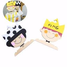 2 Pcs/1 Set Lucu Cute Boy & Girl Design Handmade Kayu Solid Tahan Lama Pakaian Baju Gantungan Non -slip Hanger For Kids Bayi-Intl