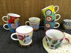 Amerika Merah Kartu Anthr Porselen Berwarna Warna-warni atau Keramik Mug dari Ectype Blossom Dasar Bagus Mug-Internasional