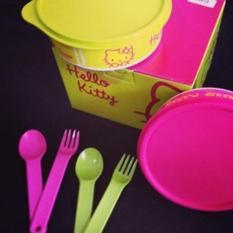 Baru - Tupperware Hello Kitty Meal Time  Tempat Makan & Sendok Garpu - Fourtyshop