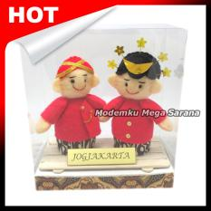 Boneka Pakaian Adat Jogja Yogyakarta