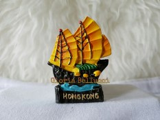 Gloria Bellucci - Magnet Kulkas souvenir hongkong china