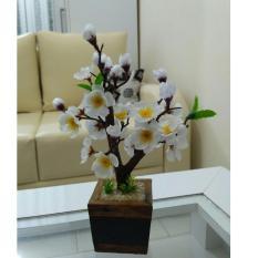 Hiasan Meja Tamu Bunga Sakura Mini Putih Daun