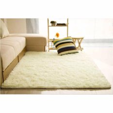 Karpet Bulu 150x100cm Cocok Untuk Keindahan Ruang Tamu (PUTIH)