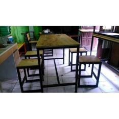 Meja Dan Kursi Makan Cafe / Resto  1 Set
