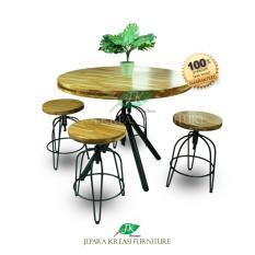 Meja Makan Industrial Pascal Jati