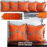 Toko Sarung Bantal Sofa Minimalis Tenun Batik Orange Online
