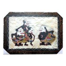 Souvenir Jogja Lukisan Wayang Kulit Punokawan Kulit Kambing Bingkai 70x50 cm - Putih Kecoklatan