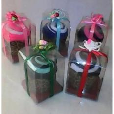Ulasan Lengkap Souvenir Pernikahan Handuk Towel Cake Isi 50 Pcs
