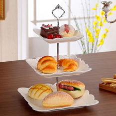 Tableware Perkakas 3 Tier Kue Roti Biskuit Plate Fruitholder Rak untuk Pernikahan Xmas Pesta (Emas) -piring Tidak Termasuk-Intl
