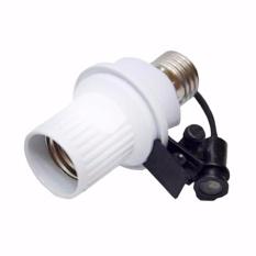 Tope 1 Unit Fitting Lampu Sensor Cahaya Otomatis - Putih