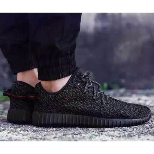 Sepatu Sneakers YZZY FULL BLACK+TALI