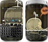 Spesifikasi Gelaskins Blackberry Bellagio 9790 The Enamored Whale Gelaskins