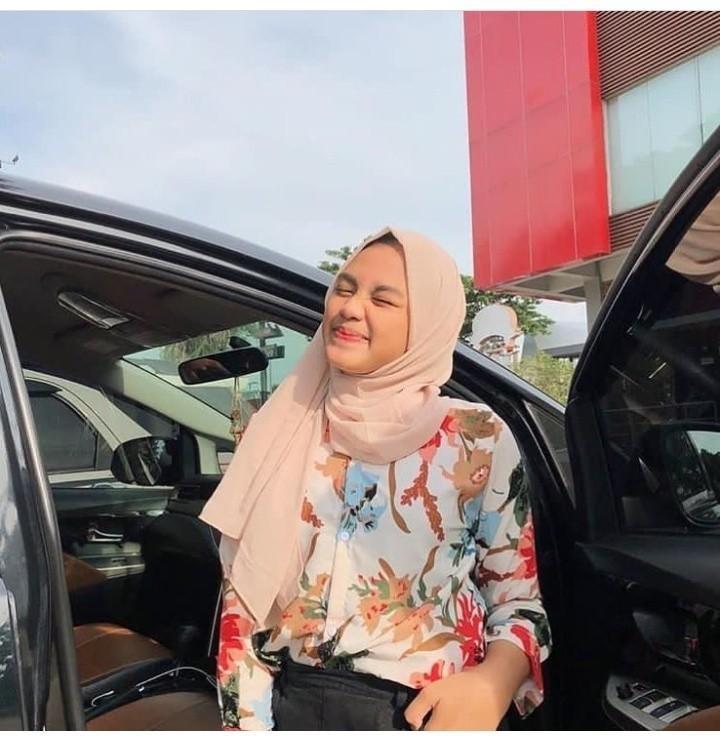 Atasan Wanita Ayudia Blouse (no hijab)