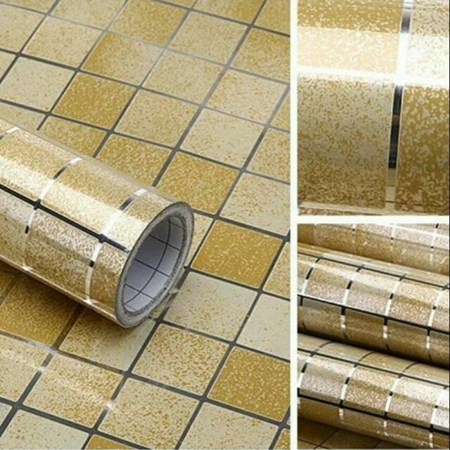 Wallpaper Sticker Dapur Dan Kamar Mandi Anti Minyak - Bahan Alumunium Foil ( 5 M X 45 Cm ) - Lemon Yellow By Atha Time Shop.