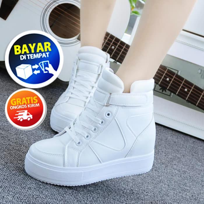 Sepatu Boot Formal Wanita MD54 Sepatu Pantofel Cewek Boot pakai hak model terbaru untuk kerja kantor sekolah bahan kulit sintetis warna putih / Sepatu Boot Wedges Wanita Kekinian