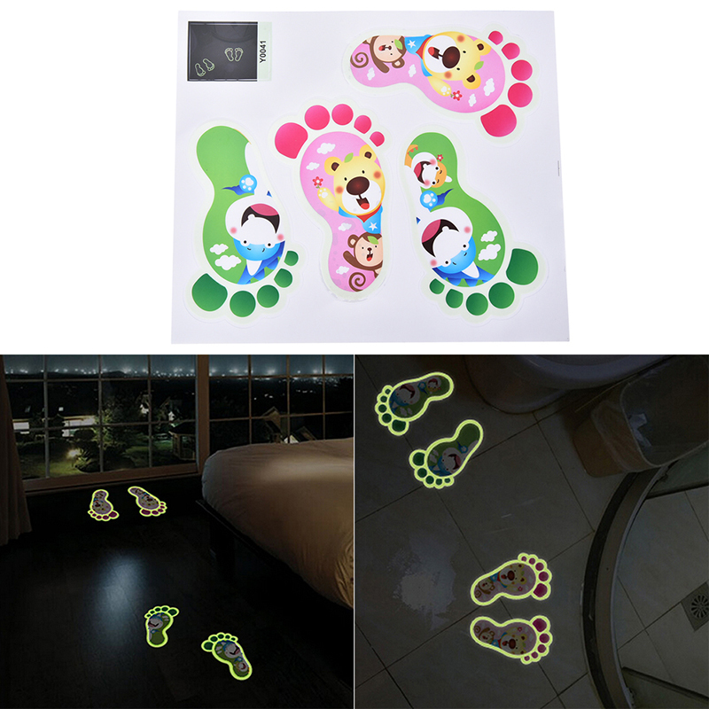 2 Set Footprint Luminous Sticker Kamar Mandi Dekorasi Kamar Anak-anak Cute Floor Decal-Intl