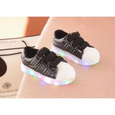 ADIDAS THREE STRAP BLACK LED REPLIKA